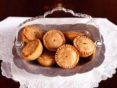Elizabethan food--meat pies