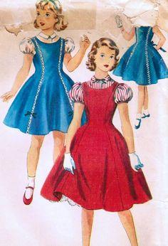 Vintage 1954 Simplicity 4928 Sewing Pattern - Excellent jumper pattern