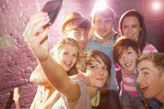 http://wkrainiehades.blog.pl/zatrudnianie-mlodocianych-pracownikow-w-swietle-prawa-przepisy-bhp-w-pracy/ Zatrudnianie nastolatków, osób niepełnoletnich w świetle prawa pracy i przepisów bhp.