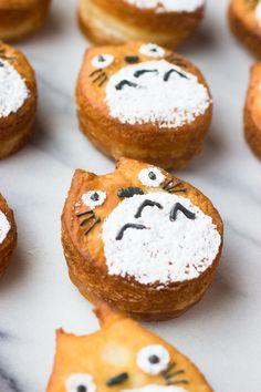 chococakesandsweets:  Totoro CronutssourceMore cake & cookies & baking… http://ift.tt/1PJJZtV