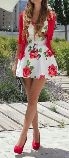 Ideas About Floral Print Dresses - Stil Mode - Summer Dress Outfits Fashion Wear, Look Fashion, Fashion 2014, Fasion, Dress Fashion, Teen Fashion, Spring Fashion, Fashion Outfits, Fashion Games