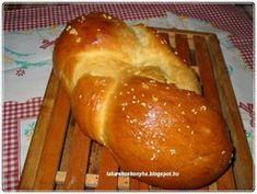 Sós, foszlós kalács Bread, Food, Brot, Essen, Baking, Meals, Breads, Buns, Yemek