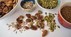 Slik kan du gjøre nøtter og frø enda sunnere! Denne artikkelen viser deg hvordan man bløtlegger nøtter og frø og hvorfor det er så bra.