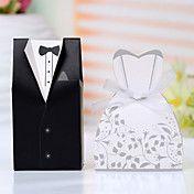 Bom Box Favor Tux & Vestido (conjunto de 12) – BRL R$ 7,85