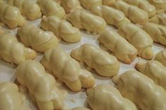 Italian Wedding Cookies | La Cucina Grandinetti Makes about  15 dozen cookies