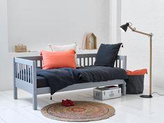 lit banquette m tal et sommier a la banquettes chambre enfant et enfants. Black Bedroom Furniture Sets. Home Design Ideas
