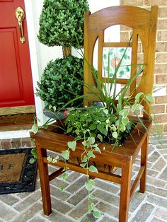 Love chair planters