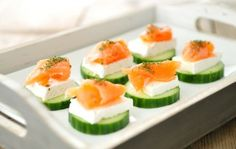 Healthy snacks - cucumber, smoked salmon and brie. We're a huge fan of smoked salmon. I'm always looking for fun, new recipes. I Love Food, Good Food, Yummy Food, Tapas, Healthy Snacks, Healthy Recipes, Snacks Für Party, Appetisers, Finger Foods