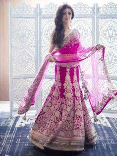 Latest Bridal Lehenga Designs By Manish Malhotra 2017 Indian Bridal Wear, Indian Wedding Outfits, Bridal Outfits, Indian Outfits, Bridal Dresses, Indian Clothes, Desi Clothes, Manish Malhotra Lehenga, Beauty And Fashion