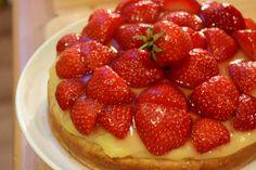 Johanna jammert auf hohem Niveau über matschigen Obstkuchenboden - also, ich erbarme mich nächstes Mal und esse den schrecklichen Kuchen! ;)