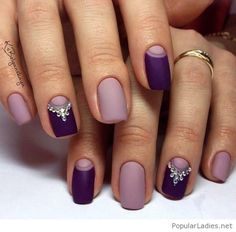 Amazing matte purple manicure