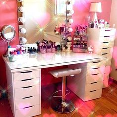 Elegant Makeup Room Checklist & Idea Guide for the best ideas in Beauty Room decor for your makeup vanity and makeup collection. Beauty Room, Makeup Rooms, Home, Room, Diy Vanity Mirror, Glam Room, Room Decor, Vanity, Room Inspiration