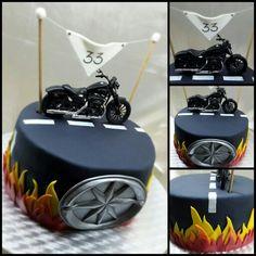 Moto cake - fire road