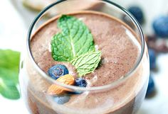 5. Chocolate Berry Green Protein Smoothie #winter #smoothie #recipes http://greatist.com/eat/winter-smoothie-recipes