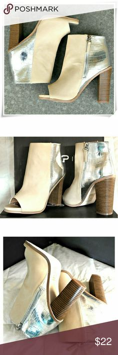 """Priscila peep toe booties. Leila Stone line booties feature chunky heels, and two colors two  textures design. Front part is made of smooth dark beige faux leather, back - snake texture in silver. Silver tone zipper clouser.  Details: heel 4"""", platform 3/4"""", TTS fit, comfy. The shoe needs braking in, because the material in the front is a bit stiff.  Please use only ✔OFFER  button for all price negotiations. I'll do a price drop⤵ for you for discounted shipping, if we agree about the price…"""