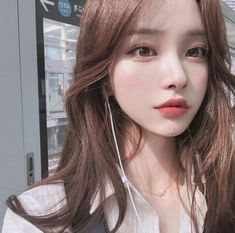 Pin by kitty ly on hairstyles in 2019 ulzzang girl, ulzzang, ulzzang korean girl. Mode Ulzzang, Ulzzang Korean Girl, Ulzzang Girl Selca, Ulzzang Hair, Uzzlang Girl, Pretty Asian, Beautiful Asian Girls, Korean Girl Cute, Pretty Korean Girls