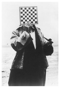 Charleroi : René Magritte : The images revealed - The Eye of Photography Magazine Rene Magritte, Salvador Dali, Pablo Picasso, John Heartfield, Photography Tags, White Photography, Photography Magazine, Secret Photo, Cool Stuff