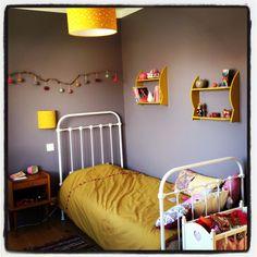chambre de chambre oli chambre enfant maison chambre intrieur kids lit moutarde couleur moutarde chambres marie dco enfant - Chambre Bebe Jaune Moutarde