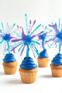 Fireworks Cake Toppers   Redpath Sugar