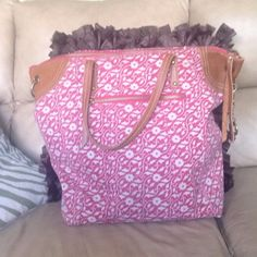 Lucky Brand Summer Tote! Barely used Lucky Brand tote bag! Perfect for the spring & summer! Would also make an awesome beach bag! xx Lucky Brand Bags Totes