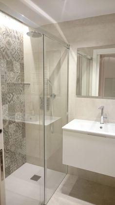 cool tiny house bathroom remodel design ideas 27 < Home Design Ideas Laundry Room Bathroom, Narrow Bathroom, Ensuite Bathrooms, Tiny House Bathroom, Upstairs Bathrooms, Modern Bathroom, Bathroom Tile Designs, Bathroom Design Luxury, Bathroom Design Small