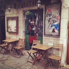 Paris: Montmartre cafe