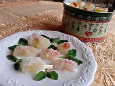 Želé cukríky z kôry červeného melóna (fotorecept) - Recept Sushi, Dairy, Cheese, Ethnic Recipes, Food, Eten, Meals, Sushi Rolls, Diet