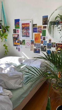 Room Design Bedroom, Room Ideas Bedroom, Bedroom Decor, Bedroom Inspo, Study Room Decor, Indie Room Decor, Aesthetic Room Decor, Aesthetic Bedrooms, Indie Bedroom