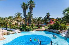 #France #Sud #Languedoc #Argelès #Camping #Catalan #Piscine #Vacances #Soleil #Mer #Méditarranée. Qui n'a pas envie de plonger dans l'espace aquatique tropical de 10 000 m²  de ce camping 5* à deux pas des plages ? Ici, camping rime avec convivialité, activités et souvenirs d'été...