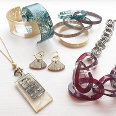 Color by Amber - Starter Kit  $380 worth of jewelry for $99!! Plus 30% off ALL purchases!! Join my fabulous team!