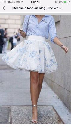 50 Flawless Spring Outfits to Copy Now, Spring Outfits, Pastel Floral Skirt More. Classy Outfits, Beautiful Outfits, Casual Outfits, Fashion Outfits, Skirt Fashion, Fashion Fashion, Runway Fashion, Fashion Brands, Fashion Jewelry