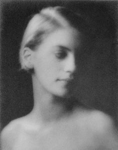 Arnold Genthe (American), Portrait of Lee Miller, about 1927, Gelatin silver print, 8-3/4 x 6-3/4, EX.2003.3.19, Lent by The Lee Miller Archive. (via designleemiller)