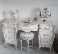 shabby chic vanity....or would be a beautiful desk