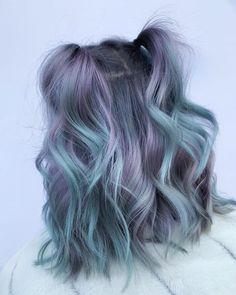 Lavender Hair Colors, Hair Color Purple, Hair Dye Colors, Cool Hair Color, Pastel Ombre Hair, Ombre Hair Lavender, Pastel Hair Colors, Short Lavender Hair, Pastel Green Hair
