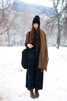 Stockholm – Page 2 – We Love Street Style Street Style Magazine, Estilo Real, Vogue, Looks Style, Comfortable Outfits, Winter Wear, Her Style, Style Guides, Jumpers