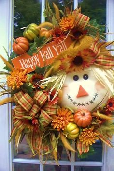Fall wreath with scarecrow face, DIY fall decorations, Easy fall decorations Thanksgiving Wreaths, Autumn Wreaths, Holiday Wreaths, Thanksgiving Decorations, Spring Wreaths, Summer Wreath, Scarecrow Face, Scarecrow Wreath, Diy Halloween