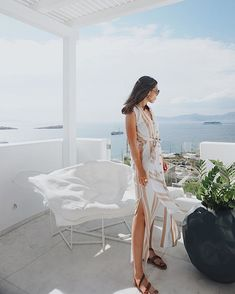 The ultimate Greek chic by our beloved girl rocking our Eve in camel of soft waxed nubuck 💙 Mykonos Island, Greek Islands, Always Be, Santorini, Color Combinations, Cool Pictures, White Dress, Simple Things, Chic