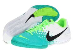 Awesome Nike tennis shoes