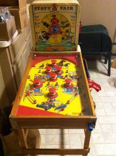 Vintage Pinball Machine-Vintage Pinball Machine