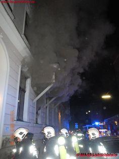 Zimmerbrand in #Wien - Leopoldstadt #feuerwehr #firefighters