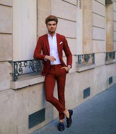 Look formal: Costume vermelho do Jaime Cullen Indian Men Fashion, Mens Fashion Blog, Mens Fashion Suits, Men's Fashion, Wedding Dresses Men Indian, Wedding Dress Men, Mode Masculine, Male Fashion Advice, Topman Fashion