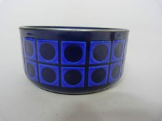Enamel bowl  (AND it levitates! ;-))