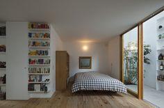 Inside Out House / Takeshi Hosaka Architects