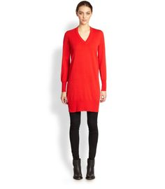 Pin for Later: Les 8 robes que toutes les femmes doivent avoir ! Une robe pull sweater dress ($730)