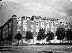 Aaltosen kenkätehdas 1920-1939 Industrial, In This Moment, Modern, History, Trendy Tree, Industrial Music