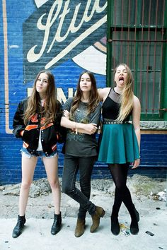 haim band. They are just gooood !! Saw them on Letterman.