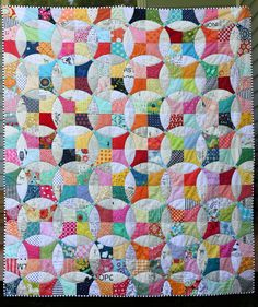 ~~~ finding joy in the little things ~~~: flowering snowball, a finished (squishy!) quilt