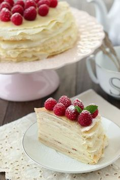 Crepe Cake With Pastry Cream and Raspberries. You have not lived until you've tried a crepe cake:) they are amazing! No Bake Desserts, Just Desserts, Delicious Desserts, Dessert Recipes, Yummy Food, Pastry Recipes, Pancake Recipes, Waffle Recipes, Breakfast Recipes