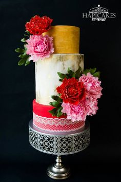 Oriental Love - Cake by Hazel Wong Cake Design Gorgeous Cakes, Pretty Cakes, Chandelier Cake Stand, Fondant, Amazing Wedding Cakes, Amazing Cakes, Wedding Cake Prices, Modern Cakes, Couture Cakes