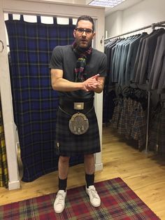 @tomellis17 Huge thanks to @slanjkilts for kilting me out for tomorrow's #kiltwalk. It's Gonna be chilly on my…..legs | Tom Ellis  (Lucifer Morningstar) from LUCIFER